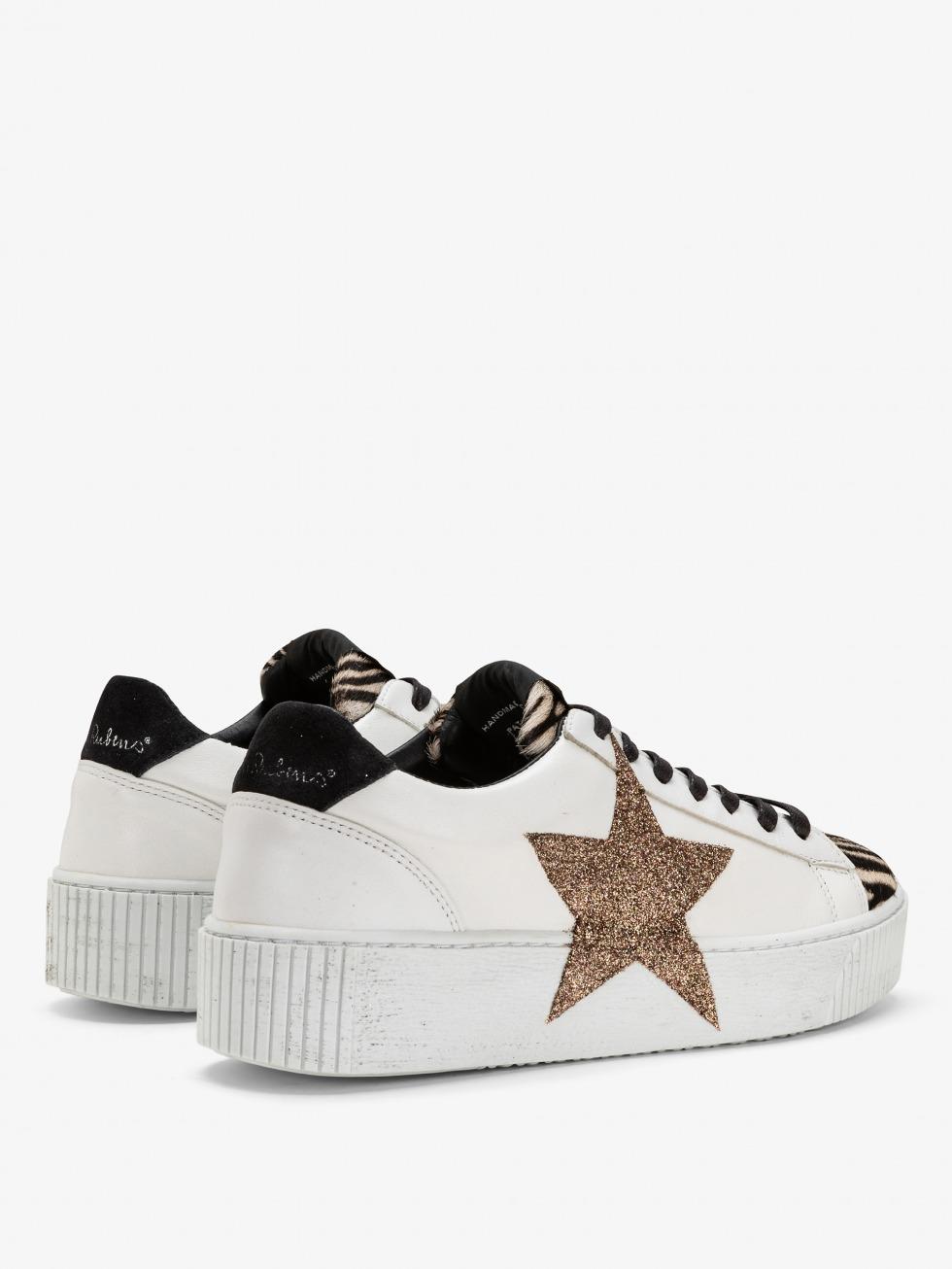 Sneakers da donna animalier con stella laterale glitter