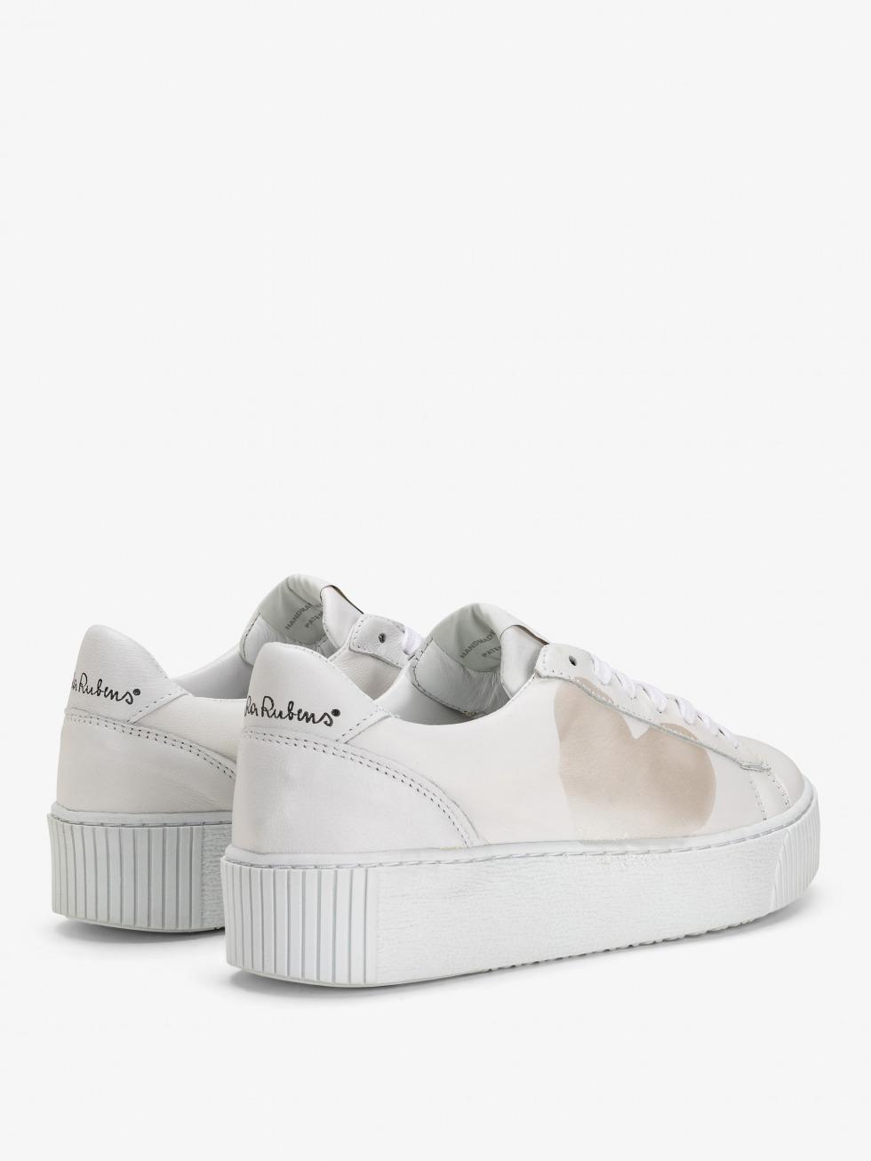 Cosmopolitan Sneakers - Mother of pearl Heart