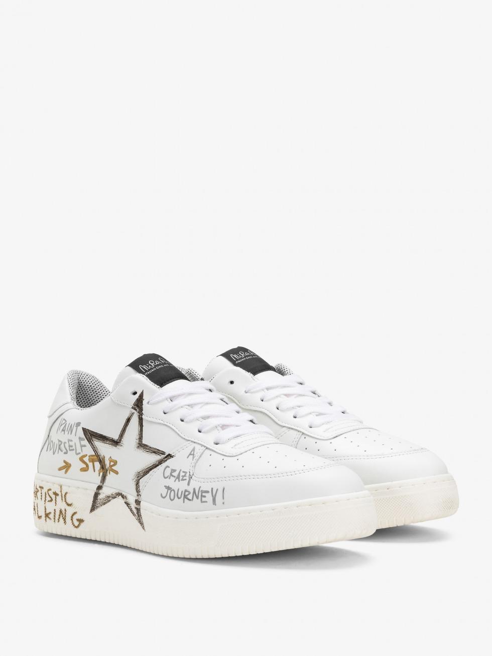 Manhattan Sneakers - White Writer Star