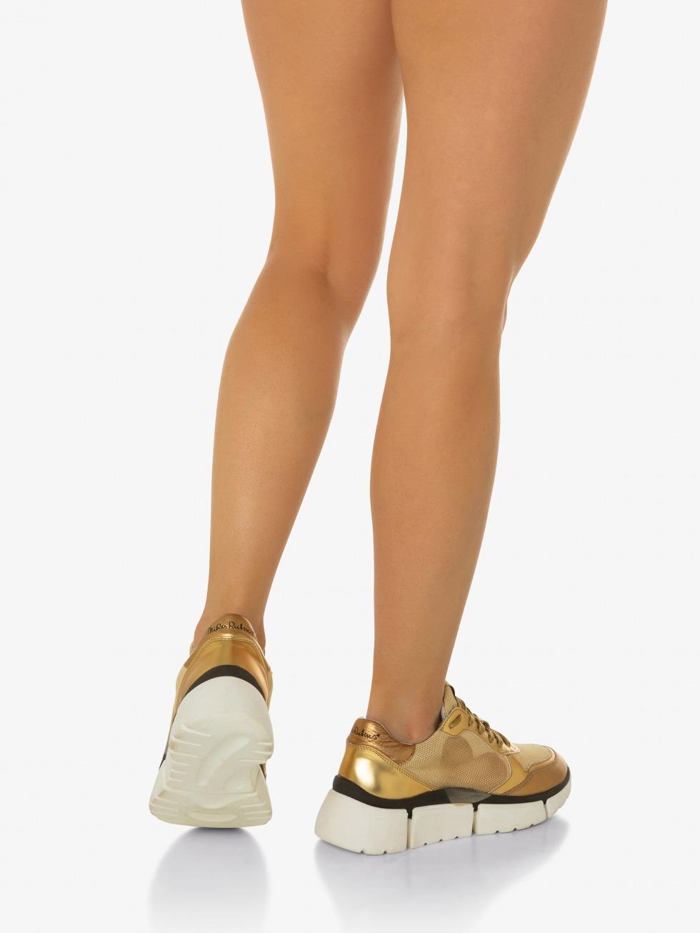 Stinger Chunky Sneakers - Egypt Heart