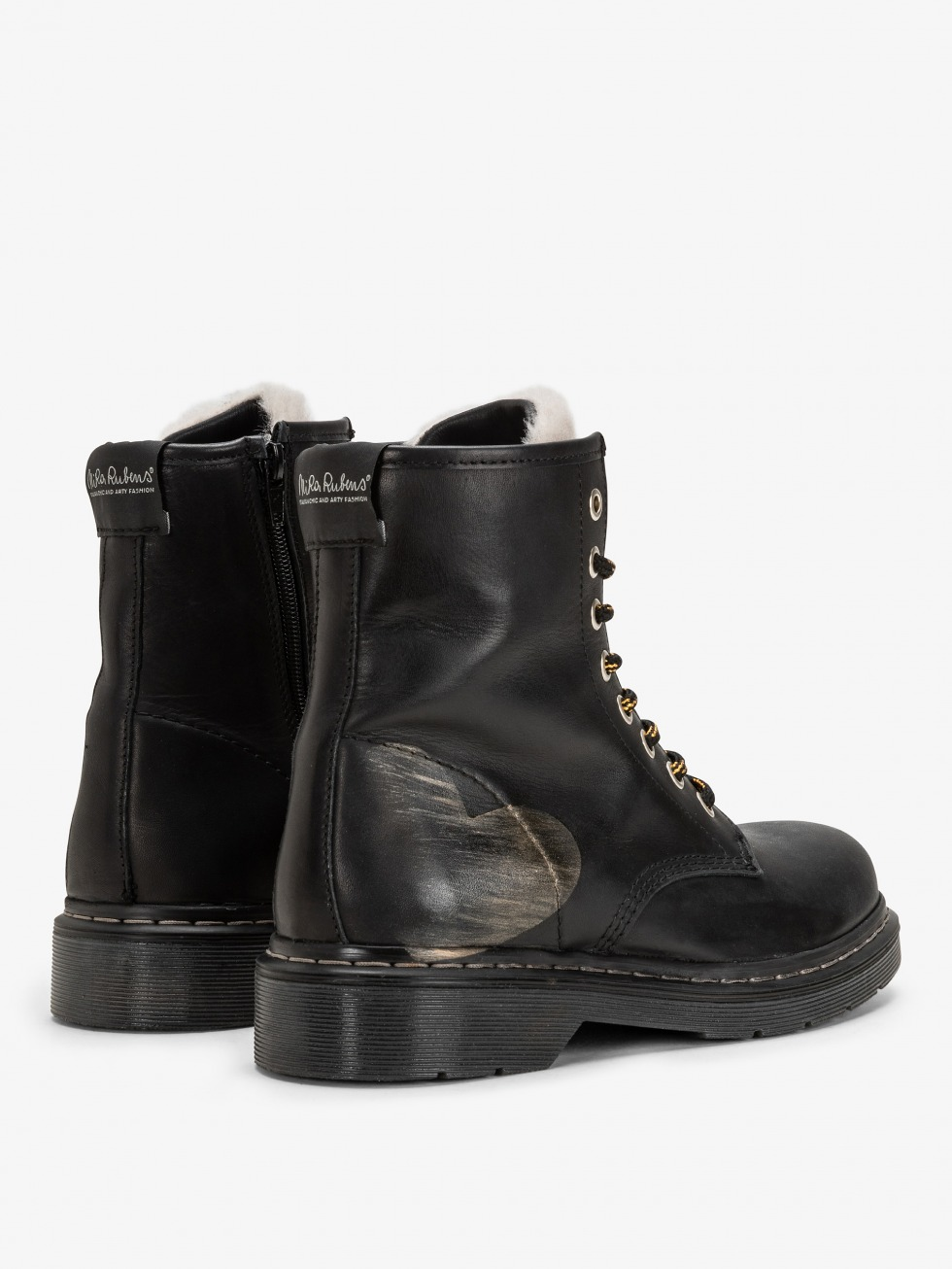 Bloody Mary Boots Shearling  - Heart