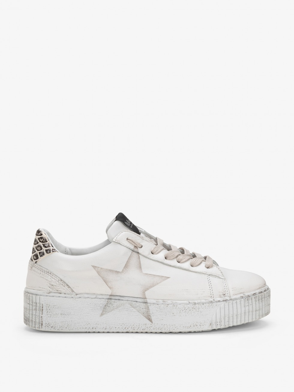 Cosmopolitan Sneakers - Black Cobra Star