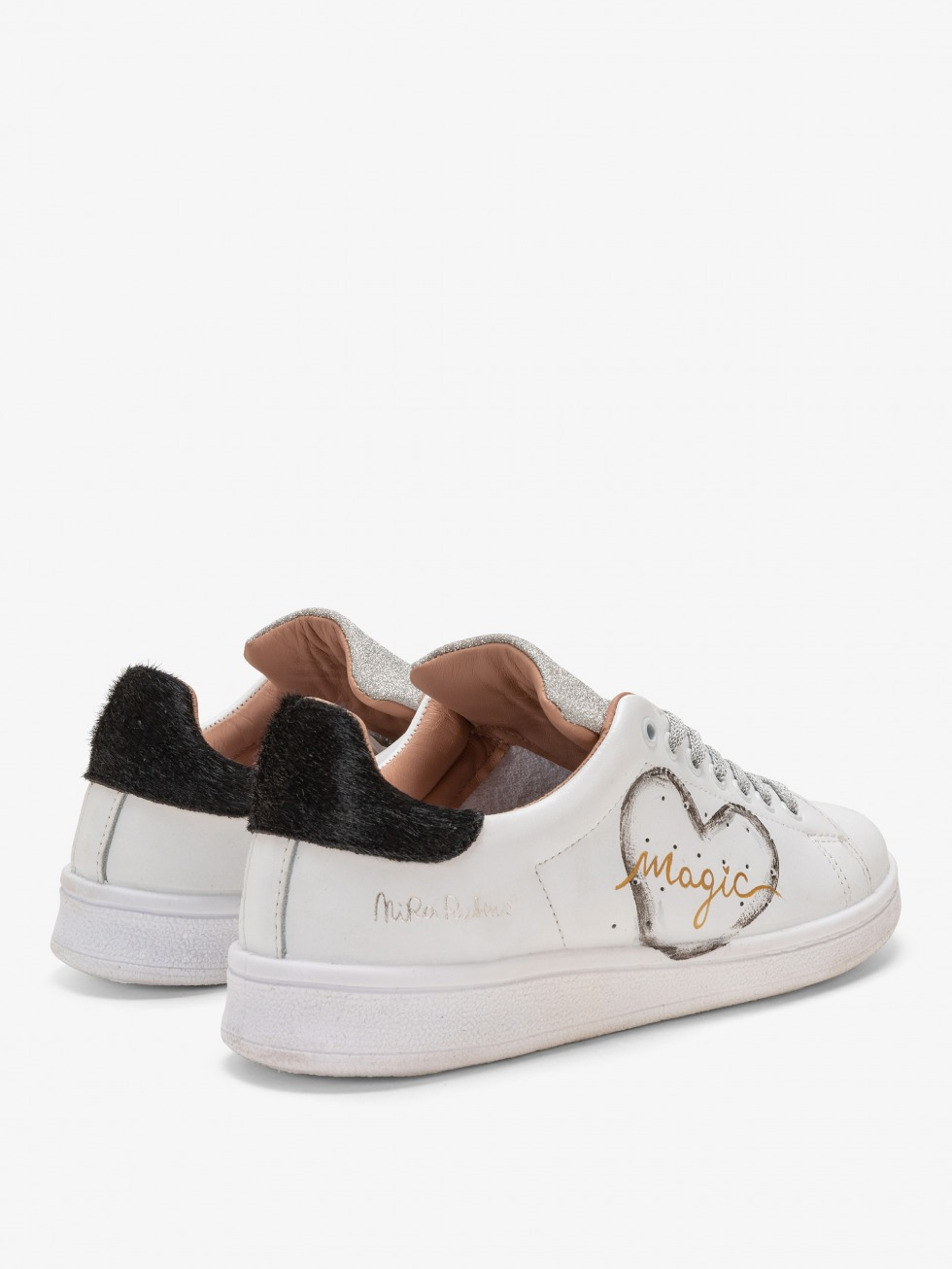 Daiquiri Shine Black Sneakers - Heart