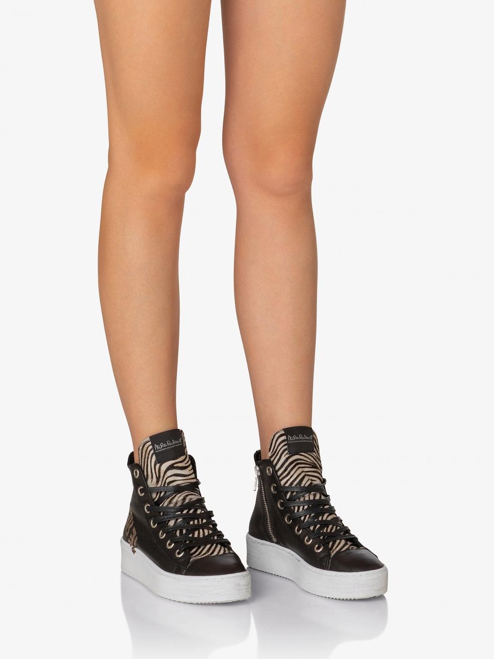 Long Island Sneakers - Rebel Black Zebrina Glitter