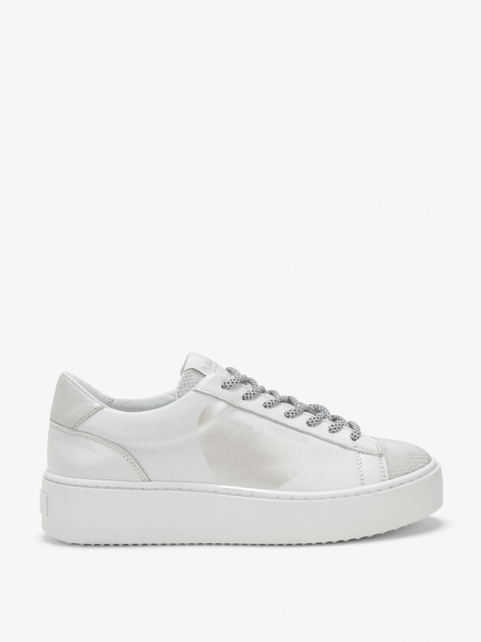 Cosmopolitan Sneakers Silver Blanched - Heart