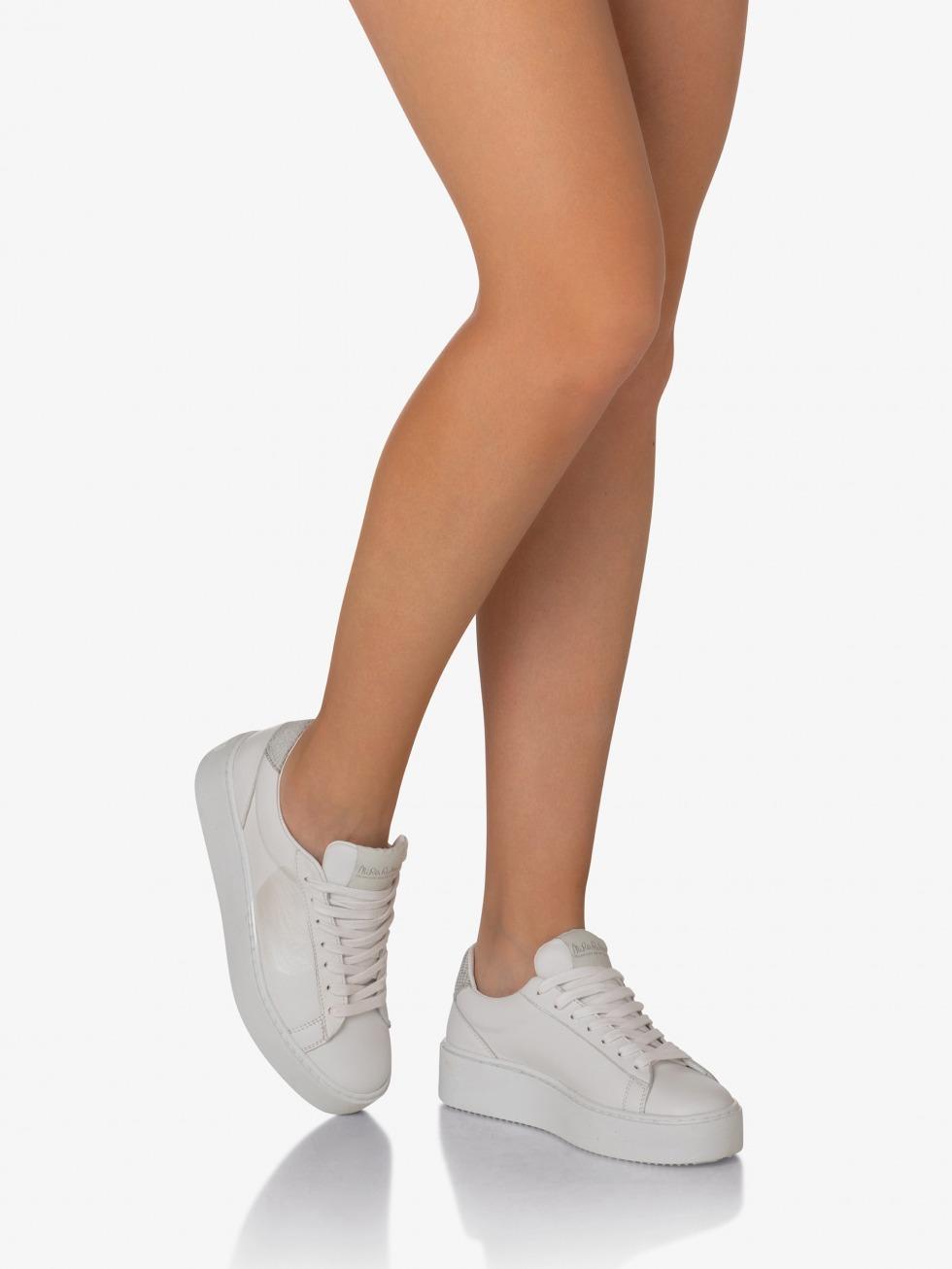Cosmopolitan Sneakers Lunar Silver - Heart
